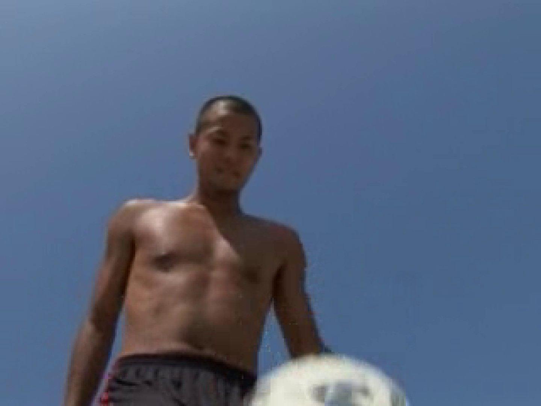 すっきり坊主のサッカー青年のイメージ撮影 エッチ ゲイ無修正ビデオ画像 97枚 42