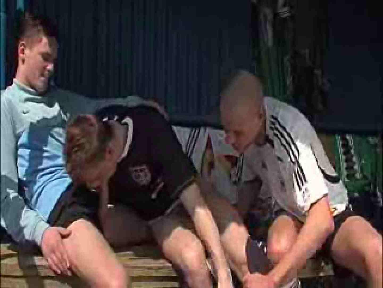 【洋物】フットボール選手達の真ん中の足は暴れん棒!! 複数人プレイ ゲイ無修正ビデオ画像 78枚 28